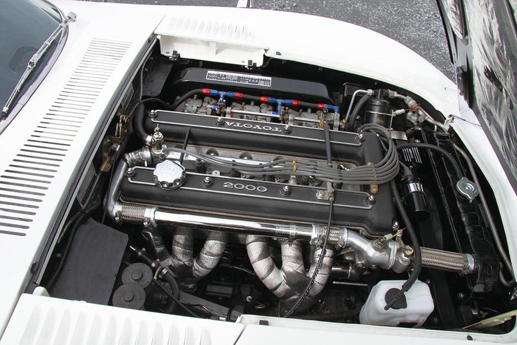 トヨタ2000GT エンジン