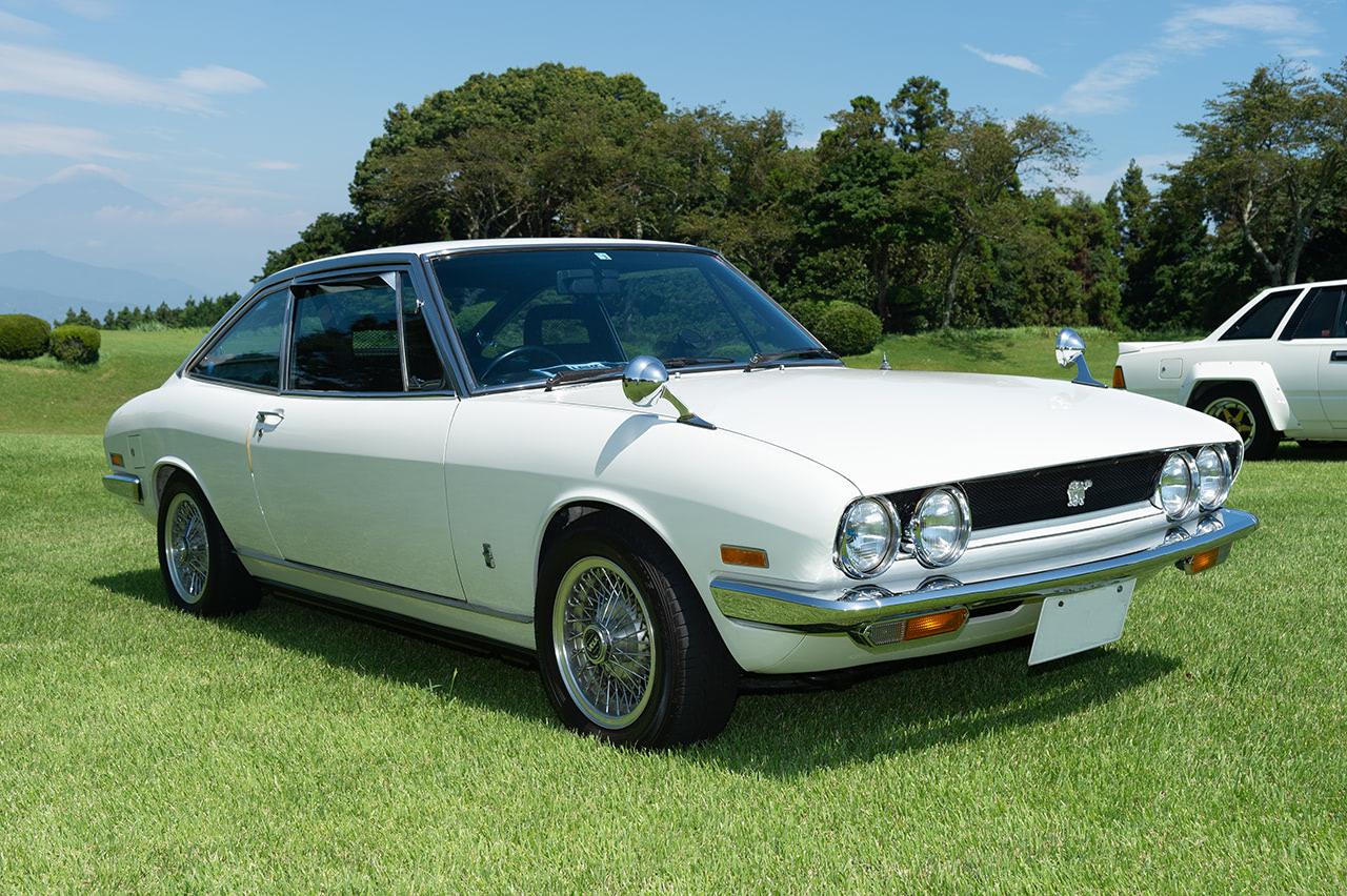 1971年式 いすゞ 117クーペ