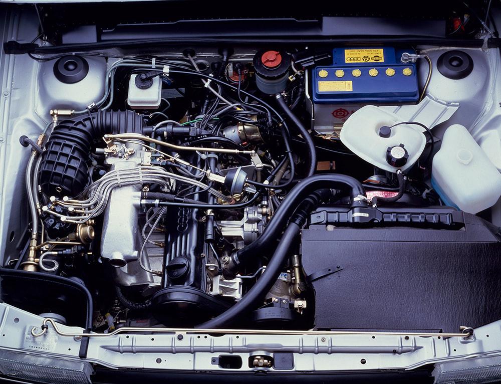 サンタナ 5気筒エンジン