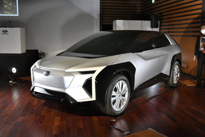 SUBARU技術ミーティング EVデザインスタディモデル